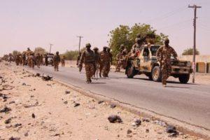 Scene+of+Nigerian+Ground+Troops+that+Recapture+Baga+(4)