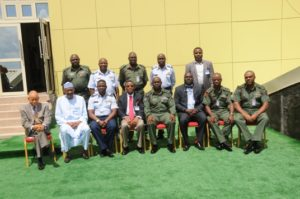 Members+of+the+Presidential+Commission+on+Small+Arms+Proliferation+in+a+group+photograph+CDS+and+Principal+Staff+officers+of+th