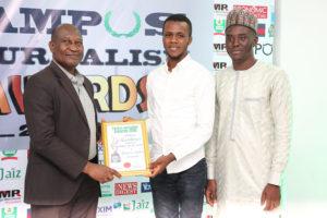 Ekpali Joseph Saint Receives Campus Journalism AWard CJA 2018 for Features Writer