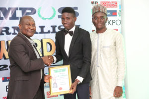 Oso O. Moses/Unilorin Watch Receives Campus Journalism AWard CJA 2018 for Editor