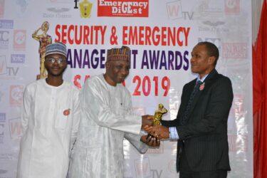 EFCC Spokesperson, Wilson Uwujaren receives SAEMA Golden Trophy