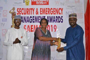 Hamza Suleman of NAN receives SAEMA Golden Award in Abuja